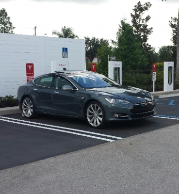 Tesla Charging Station, Port St. Lucie FL